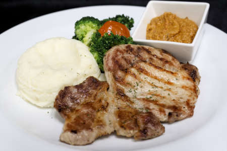 Grilled Pork Chop with Harissa Sauce May28~Jun3 (1)