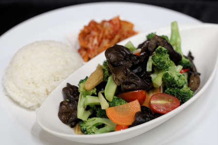 Sauteed Broccolini with Vegetables May 28~Jun3 (1)